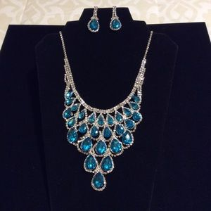 Jewelry - NWOT.    Statement Necklace & Earrings